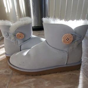 Ugg mini light blue